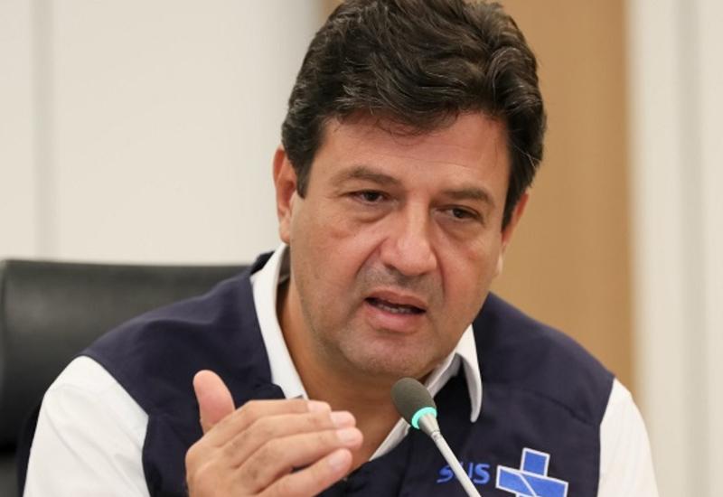 Mandetta é demitido: nossa luta é contra o vírus e contra Bolsonaro